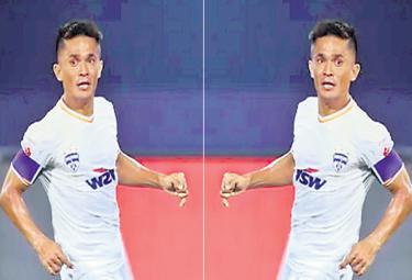 CChhetri goal gives Bengaluru 1-0 win vs Chennaiyin - Sakshi