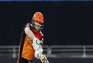 Kevin Pietersen Not Surprised By David Warner Three ball duck - Sakshi