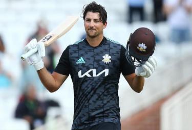 Tim David makes IPL Debut For Royal Challengers Bangalore - Sakshi
