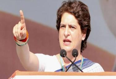 UP: Priyanka Gandhi Promises Free Medical Treatment Up to Rs 10 Lakh - Sakshi