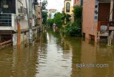Heavy Rain Hits Hyderabad