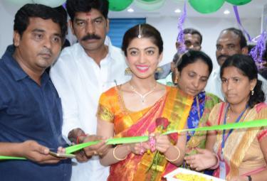 Pranitha opening MV shoping mall At mahabubabad