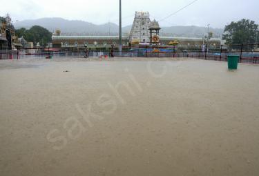Heavy Rain In Tirumala