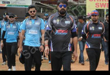 Tollywood stars's Cricket in Anantapur  - Sakshi