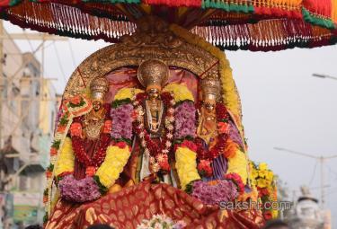 vijayawada radha yatra - Sakshi