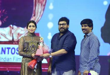Santosham South Indian Film Awards in Hyderabad Photo Gallery - Sakshi