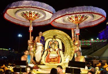 Srivari Brahmotsavam on Chandraprabha Vahanam Photo Gallery - Sakshi