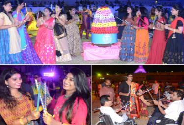 dandiya josh Photo Gallery - Sakshi