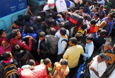 Heavy Rush in Secunderabad Railway Photo Gallery - Sakshi