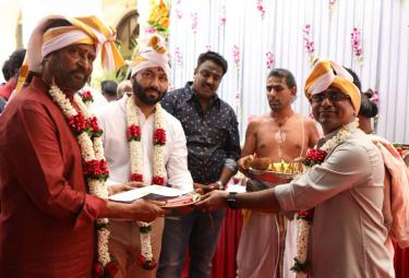 Rajinikanth Darbar Shoot Starts in mumbai Photo Gallery - Sakshi