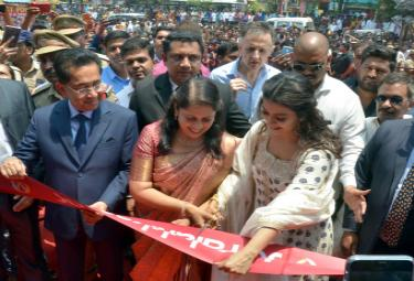 Kajol Launches Joyalukkas Showroom In Hyderabad Photo Gallery - Sakshi