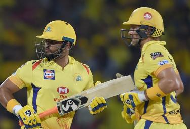 Chennai Super Kings Vs Sunrisers Hyderabad IPL Match Photo Gallery - Sakshi