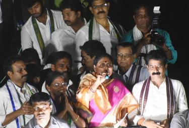 YS Vijayamma Public Meeting at Chodavaram Photo Gallery - Sakshi