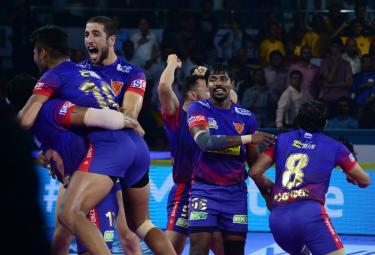 Pro Kabaddi Dabang Delhi vs Tamil Thalaivas Match Photo Gallery - Sakshi