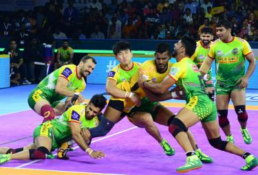Pro Kabaddi Telugu Titans vs Patna Pirates Match Photo Gallery - Sakshi