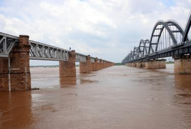 Godavari receives heavy inflows at Rajahmundry Photo Gallery - Sakshi