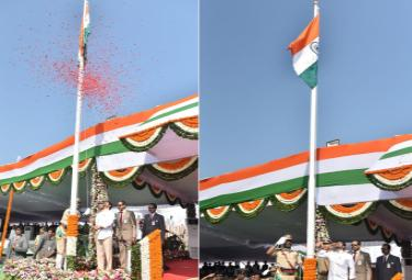 CM YS Jagan hoists national flag at Indira Gandhi stadium Photo Gallery - Sakshi