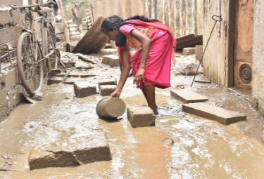 Flood Affected Areas In Vijayawada Photo Gallery - Sakshi