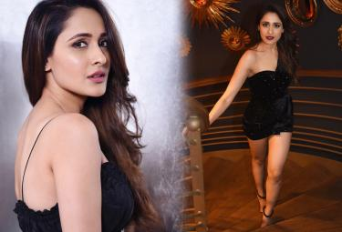 Actress Pragya Jaiswal Exclusive Photo Gallery - Sakshi