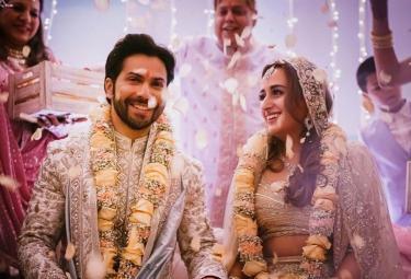 Bollywood Star Varun Dhawan Natasha Dala's Marriage Photo Gallery - Sakshi