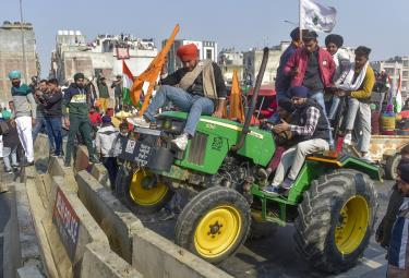 Farmers Protest in Delhi Photo Gallery - Sakshi