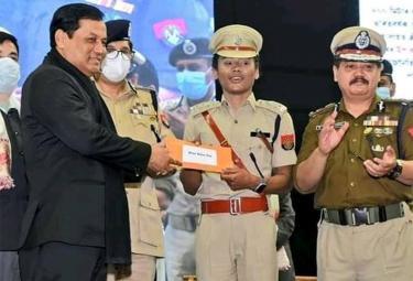 Hima Das Appointed Deputy Superintendent In Assam Police - Sakshi