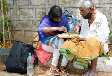 People Problems With Corona In Telangana - Sakshi