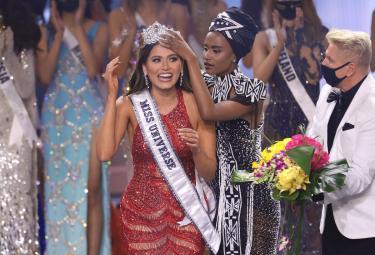 Andrea Meza crowned Miss Universe 2021 - Sakshi