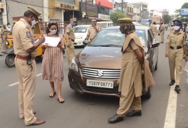 Strict Lockdown In Hyderabad - Sakshi