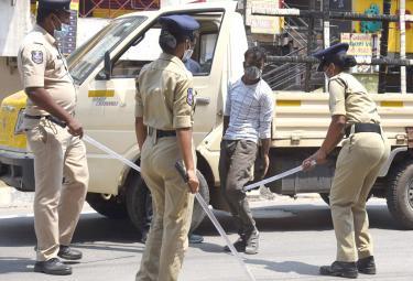 strict lockdown in hyderabad photo Gallery - Sakshi