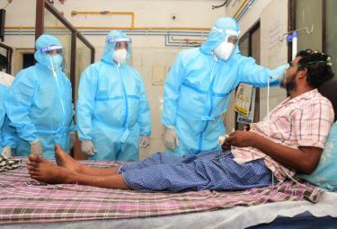 YCP MLA Bhumana Karunakar Reddy Visited Rua Hospital In Tirupati - Sakshi