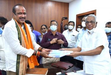Four MLCs Takes Oath Progaram In AP Legislative Council  - Sakshi