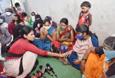 YS Sharmila tours in Sircilla district and visited COVID affected families Photo Gallery - Sakshi