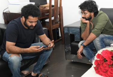 NTR releases Satyadev's Thimmarusu trailer - Sakshi