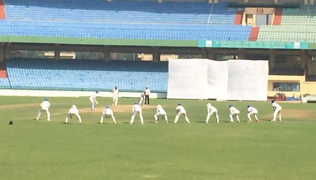 Mohammed Shami, Ashok Dinda bowl with nine slip fielders in Ranji