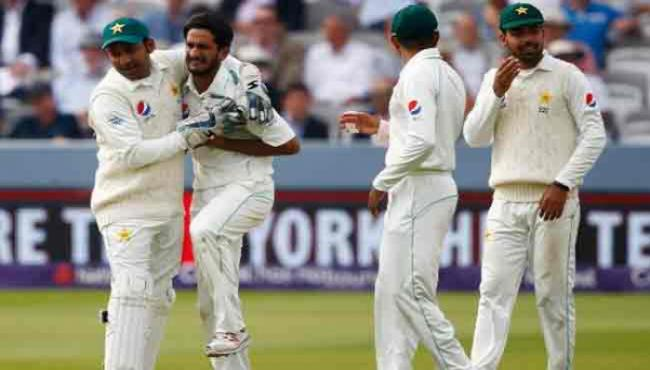 ICC Asks Pakistan Players Not Wear Smartwatches During Play - Sakshi