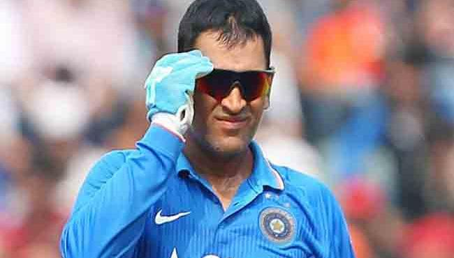 Sanjay Jagdale Says Teamindia Has No Viable Alternative To Dhoni - Sakshi