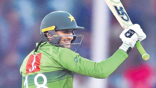 Pakistan Beat Bangladesh By 5 Wickets In 1st T20 - Sakshi