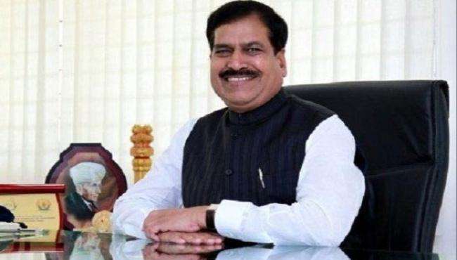 Minister of State for Railways Suresh Angadi Passes Away - Sakshi