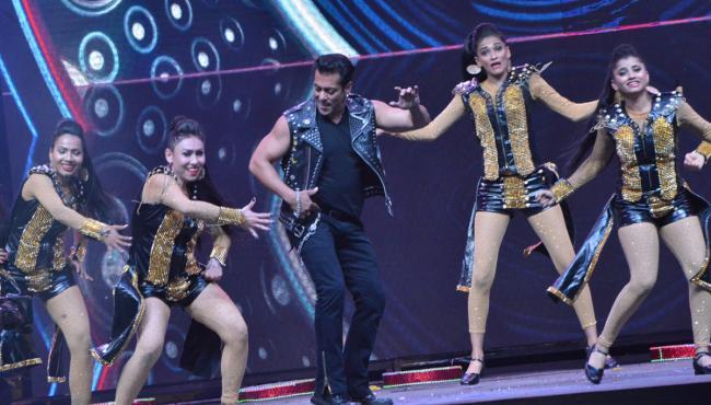 Salman Khan Dabangg Tour in Hyderabad - Sakshi