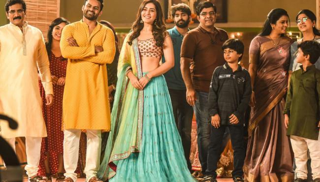 Prathi Roju Pandage Movie Photo Gallery - Sakshi