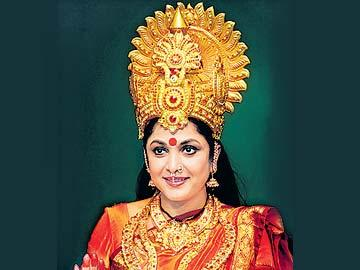 జనరంజకంగా వాసవీ చరిత్ర - Sakshi