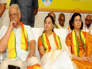 Image result for ashok gajapathi raju daughter