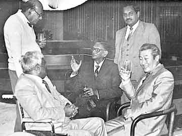 'ఈనాడు' కూడా  జీజేఆర్ మానసపుత్రికే.