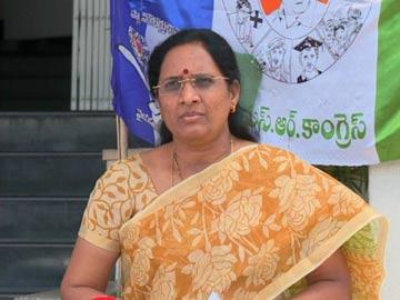 ప్రజల తీర్పు మావైపే ఉంది: వాసిరెడ్డి పద్మ - Sakshi