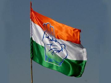 కాంగ్రెస్ పని గోవిందా.. దక్కేవి 73 లోక్సభ సీట్లే!