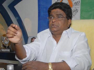 'టీడీపీ ఎమ్మెల్యేలే మా పార్టీలోకి వస్తున్నారు' - Sakshi