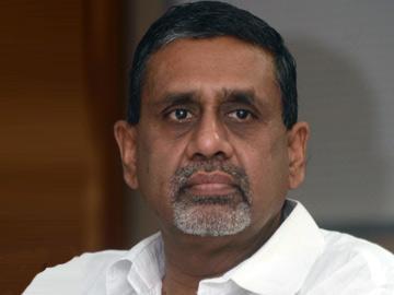 'హైదరాబాద్పై అధికారాన్ని వదిలేది లేదు' - Sakshi