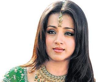 శుభాకాంక్షల 'వర్షం' - Sakshi