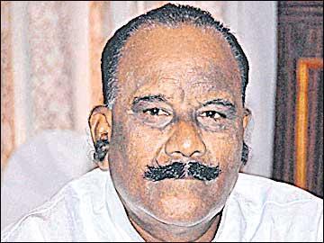 టెర్రరిజం, నక్సలిజం అరికడుతున్నాం: హోంమంత్రి